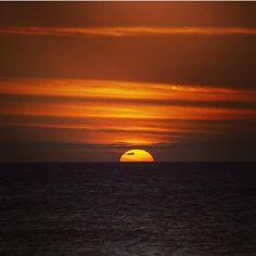 "Somos ""La tierra de los bellos atardeceres""   Fotografía; @imagenomade Celestial, Sunset, Instagram Posts, Outdoor, Earth, Outdoors, Sunsets, Outdoor Games, The Great Outdoors"