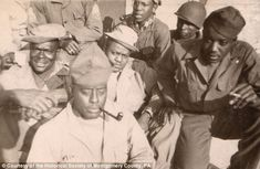 Rescued from the trash: Photo album of fascinating WWII portraits of African-American troops in Europe Us History, History Books, Black History, American Photo, Vintage Black Glamour, Family Photo Album, American Soldiers, African American History, Historian