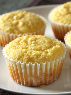 Fructose-Free (and Gluten-Free with almond meal) Basic Vanilla Muffins