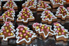 Turta dulce - CAIETUL CU RETETE Cheesecakes, Gingerbread Cookies, Desserts, Food, Needle Tatting Patterns, Sweets, Gingerbread Cupcakes, Tailgate Desserts, Deserts