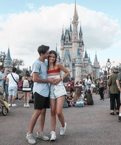 Jess and Gabriel conte Relationship Goals Pictures, Couple Relationship, Cute Relationships, Teen Couples, Disney Couples, Young Couples, Gabriel Conte, Jess Conte, Couple Goals Cuddling