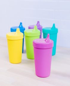 Made in the USA from Recycled BPA-Free, FDA Approved Plastic. Re-Play Children's Tableware Collections are Available in 5 Vibrant Colorways. Crayon Box, Us Cup, Cup With Straw, Cupping Set, Replay, Baby Bottles, Sorbet, Recycling, Tableware