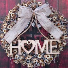 Home a zvonečky / Zboží prodejce Vendulane Burlap Wreath, Christmas Wreaths, Holiday Decor, Home Decor, Nostalgia, Decoration Home, Room Decor, Advent Wreaths, Interior Decorating