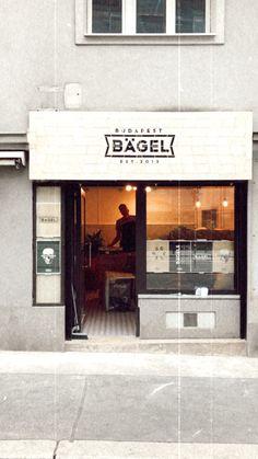 Bagel Bites, Bagel Recipe, Breakfast Bars, Vienna Austria, Budapest, Food Inspiration, Vegan, Photo And Video, Outdoor Decor