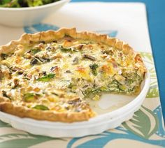 Chicken quiche with leek and mushrooms