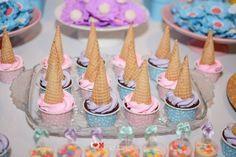 Festa Unicórnio, arco-íris e nuvens - decoração de festa infantil - doces personalizados
