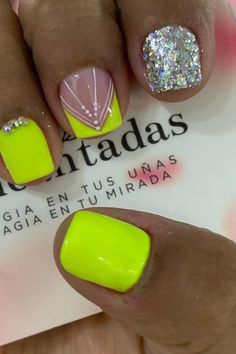 Yellow Nails, Short Nails, Dip, Nail Designs, Hair Beauty, Nail Polish, Nail Art, Work Nails, Flower
