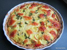 Mijn mixed kitchen: Kip/kerrie quiche met prei, paprika, ananas en mozzarella