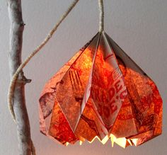 How to Make Pendant Lamp from a brown paper bag.       Gloucestershire Resource Centre http://www.grcltd.org/scrapstore/