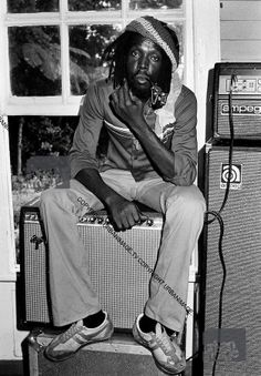 *Peter Tosh* with the Rolling Stones during the 'Don't Look Back' video shoot, Strawberry Hill, Blue Mountains, Jamaica, 1978. More fantastic pictures and videos of *The Wailers* on: https://de.pinterest.com/ReggaeHeart/ ©Adrian Boot/ urbanimage.tv