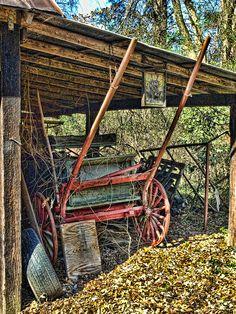 old buggy by artbylink, via Flickr