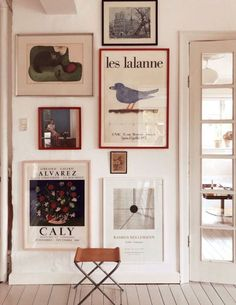 inspiring home gallery wall. / sfgirlbybay , inspiring home gallery wall. / sfgirlbybay , home //. Decor Room, Diy Wall Decor, Diy Home Decor, Room Art, Wall Decor Frames, Living Room Wall Art, Picture Wall Living Room, Antique Wall Decor, Creative Wall Decor