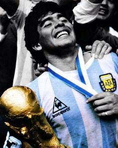 Diego Maradona Argentina Football Team, Argentina Soccer, Football Soccer, Football Players, Diego Armando, Most Popular Sports, Soccer World, Fifa World Cup, Lionel Messi