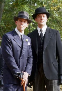 The best Jeeves and Wooster ever! Hugh Laurie (left) as Bertie Wooster & Stephen Fry (right) as Jeeves. Jeeves And Wooster, Hugh Laurie, Bbc Tv, British Comedy, Comedy Tv, Great Tv Shows, Television Program, Classic Tv, Movies And Tv Shows