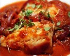 Poached Cod Fish & Potatoes in Tomato Broth - Fish recipes Fish Recipes Pan Seared, Cod Fish Recipes, Curry Recipes, Seafood Recipes, Indian Food Recipes, Meat Recipes, Tomato Curry, Tomato Sauce, Kitchens