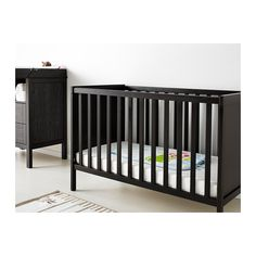 1000 images about nursery on pinterest changing tables for Schminktisch ikea weiay