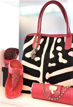ZEBRA PRINT/PINK TOTE BAG AND JEWELLED ELEPHANT HEAD CLUTCH IN MIA AFRICA BY UG-LEE. Pink Tote Bags, Elephant Head, Zebra Print, Louis Vuitton Speedy Bag, Kate Spade, Africa, Products, Fashion, Moda