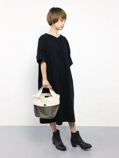 PAR ICIのワンピース「ディマリアスェード ワンピース」を使ったyuki(ZOZOTOWN)のコーディネートです。WEARはモデル・俳優・ショップスタッフなどの着こなしをチェックできるファッションコーディネートサイトです。