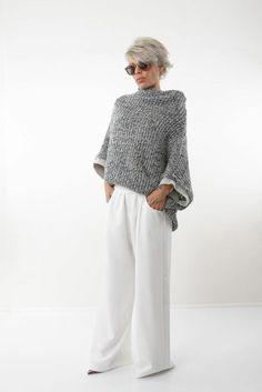Fall Fashion Outfits, Knit Fashion, Fashion Over 50, Mode Outfits, Autumn Fashion, Fashion Looks, Womens Fashion, Drop Crotch Pants, Fashion Clothes