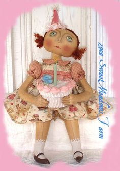 Primitive E-PATTERN Shabby Birthday Girl Doll and Cake Box PDF - pinned by pin4etsy.com