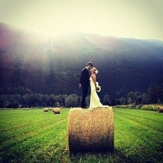 What a great country wedding idea.