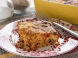 Savory Breakfast Bread Pudding - http://laricetta.co/savory-breakfast-bread-pudding/ -