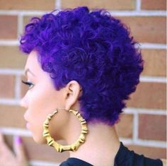 15 Purple Hair 'Dos That Will Have You Running to the Salon Pelo Natural, Natural Hair Care, Natural Hair Styles, Purple Natural Hair, Blue Hair, Violet Hair, Purple Hair Black Girl, Short Purple Hair, Natural Beauty