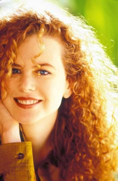 Nicole before surgeries, with natural hair. Damm, she was beautifull then!
