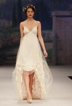 58 Chic Valentine's Day Wedding Dress #WeddingDress #ValentinesDayWeddingDress