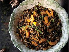 Serve One Side at Room Temp We bet you'll find a use for that freed-up oven space. As for that side, how about the Wild Rice and Tangerine Salad from Blackberry Farm? Get the Recipe: Wild Rice, Farro, and Tangerine Salad Side Recipes, Lunch Recipes, Vegetarian Recipes, Healthy Recipes, Party Salads, Great Grains, Grain Foods, Wild Rice, Tasty