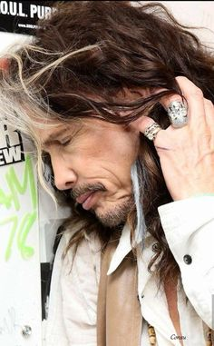Always dreaming of you! Aerosmith Lyrics, Big Hair Bands, Liv Tyler 90s, Steven Tyler Aerosmith, Joe Perry, Goth Look, Rock Artists, Rock Bands, Beautiful People