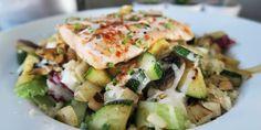 Couscous zalm vitaminebom Couscous, Quinoa, Potato Salad, Zucchini, Potatoes, Dinner, Vegetables, Ethnic Recipes, Food