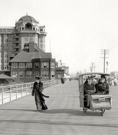 the Jersey shore circa 1906...watch the Tram Car please