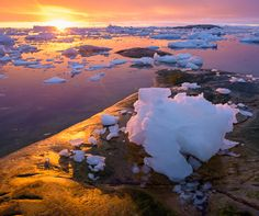 An awe-inspiring, exotic photographic expedition to Greenland http://www.aluxurytravelblog.com/2016/07/05/an-awe-inspiring-exotic-photographic-expedition-to-greenland/