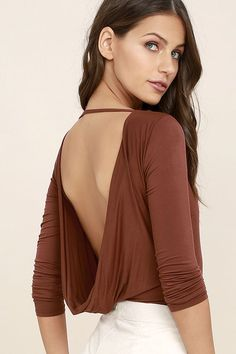 The Hype-Worthy Washed Burgundy Backless Bodysuit doesn't just meet our style expectations, it exceeds them! Jersey knit fabric forms to a bateau neckline, darted bodice, and long sleeves, while an open back drapes above thong bottoms with two-snap closures.