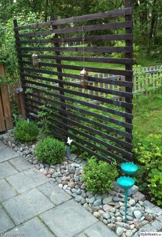 Vi har under våren ritat och byggt en ny altan. Garden Privacy, Garden Trellis, Garden Gates, Back Gardens, Outdoor Gardens, Garden Structures, Dream Garden, Garden Planning, Garden Projects