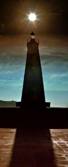 Panorama Faro de Bajamar ft2 con filtros 05-03-2012 by Esteban González, via 500px