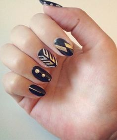 The genius new nail trend that's beautiful AND easy