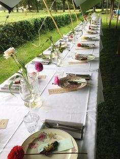 lange-tafels-offroad-7-catering-buiten-eten-bruiloft.png 600×800 pixels