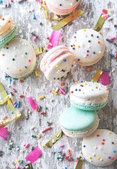 Cake Batter Macarons - http://mamasitta.com/cake-batter-macarons/