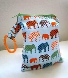 Hey, I found this really awesome Etsy listing at https://www.etsy.com/es/listing/130741422/los-elefantes-mojado-bolsa