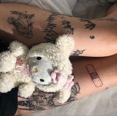Baby Tattoos, Mini Tattoos, Body Art Tattoos, Pretty Tattoos, Cool Tattoos, Starfire And Raven, Grunge Tattoo, Kawaii Tattoo, Aesthetic Tattoo