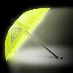 Stride Light - the umbrella from radbag.de shines in the dark