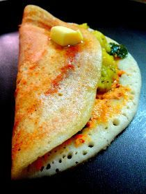 Mysore Masala Dosa is perhaps one of the top dish ordered in any vegetarian restaurants more popular in South India and equally relished in the Northern states. The name itself has one drooling a… Curry Recipes, Vegetarian Recipes, Cooking Recipes, Vegetarian Restaurants, Veg Recipes, Spicy Recipes, Indian Street Food, South Indian Food, Kerala