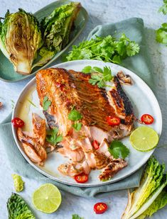 recept oosterse zalm van de bbq © bettyskitchen.nl Snack Recipes, Cooking Recipes, Healthy Recipes, Snacks, Healthy Food, Cobb Bbq, Weber Barbecue, Green Eggs, Fish And Seafood