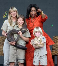 Terri Irwin, Bindi Irwin and Bob Irwin on the Oprah Winfrey Show ...
