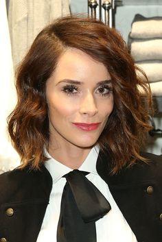 Abigail Spencer Medium Wavy Cut