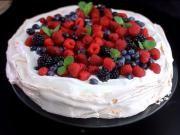 Pavlova torta s ovocím - recept na Pavlovu tortu s ovocím Pavlova, Cake, Kuchen, Torte, Cookies, Cheeseburger Paradise Pie, Tart, Pastries