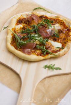 Pizza, kastike ja paisto x