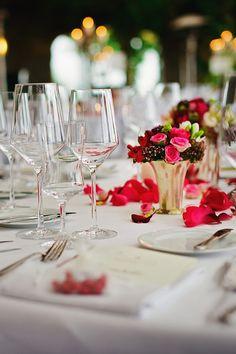 Máte v pláne povedať si s partnerom áno? #Oslávte tento okamih podľa vašich snov. Pripravíme vám svadbu, po ktorej túžite! Zabezpečíme všetko až do najmenšieho detailu #ProfesionálnyPrístup #HotelMikadoNitra #HotelNitra #Nitra #SvadbavNitre #SvadbavHoteli #SvadbaMIKADO Catering, Table Decorations, Inspiration, Furniture, Events, Band, Home Decor, Banquet, Hamburg